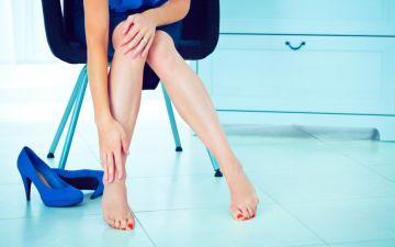Причины болей в ногах во время и перед месячными