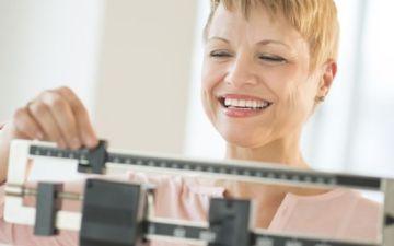 Менопаузальный период: с какого возраста начинается, симптомы, признаки, лечение, отзывы женщин