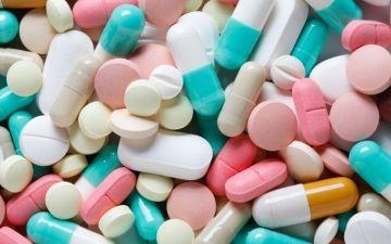 Лекарства при климаксе у женщин от приливов и потливости