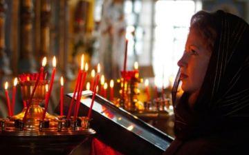 Можно ли молиться во время месячных