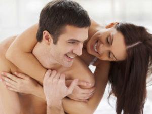 Можно ли кончать в девушку, когда у нее месячные